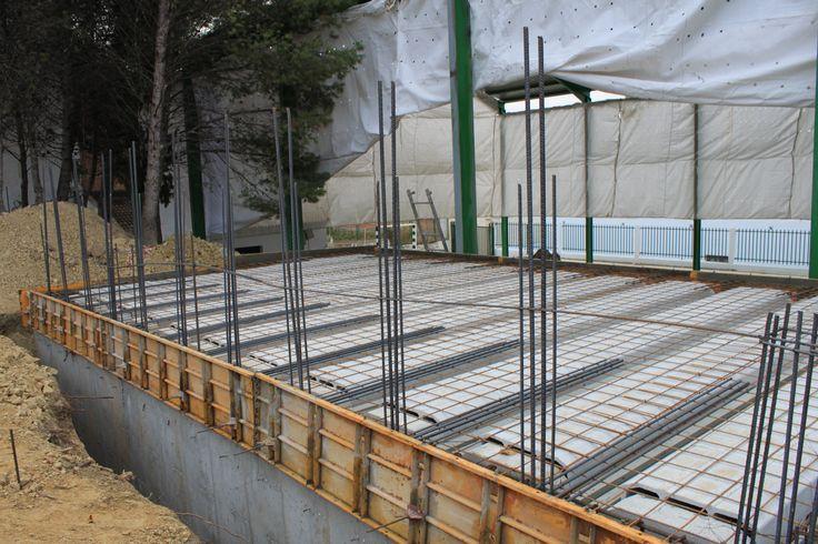 """Construcción de nuevos vestuarios para pista de colegio público en  Encinas Reales (córdoba"""""""