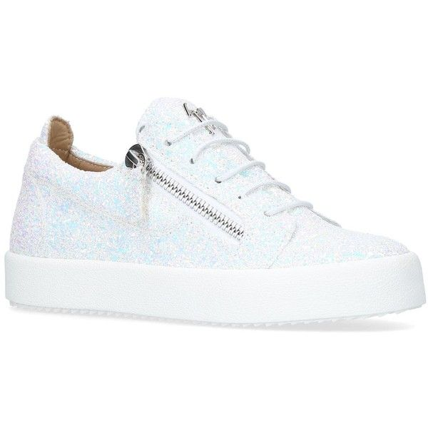 Giuseppe Zanotti Glitter Cheryl Low-Top Sneakers (12.890 ARS) ❤ liked on Polyvore featuring shoes, sneakers, chunky sneakers, giuseppe zanotti trainers, giuseppe zanotti sneakers, rubber sole sneakers and urban sneakers