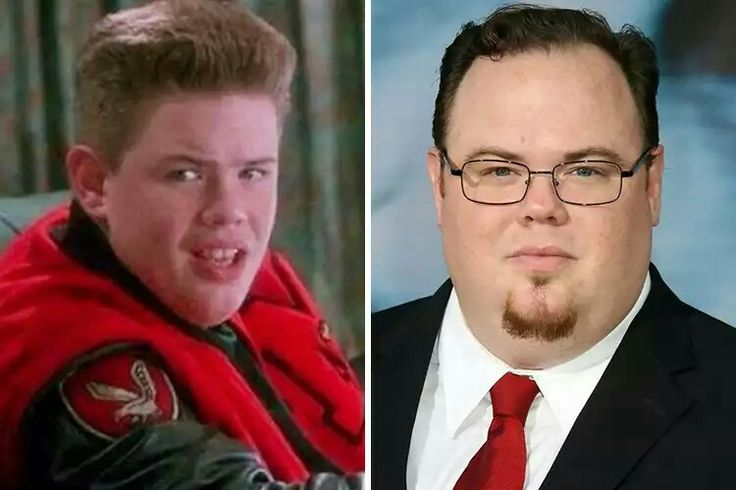 Born and raised in New York City, Devin Ratray started acting in 1986 at nine years old when he was cast in Where Are the Children?. Over the next few years, he appeared in Little Monsters and Worth Winning before he received the call of a lifetime. Invited to play Buzz McCallister in Home Alone starring Macaulay Culkin, Ratray started filming what would become the biggest movie of his career in 1990.