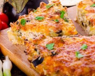 Quiche régime au thon en croûte de pâte filo : http://www.fourchette-et-bikini.fr/recettes/recettes-minceur/quiche-regime-au-thon-en-croute-de-pate-filo.html