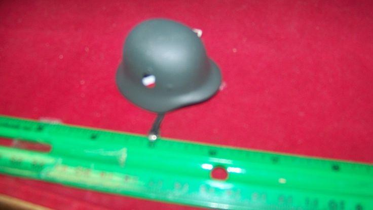 1/6th Scale Dragon German Helmet w/2 stickers