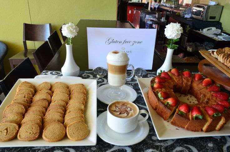 Enjoy a delicious latte or cappuccino accompanied by a cookie or gluten free bread at Dreams Huatulco Resort & Spa!