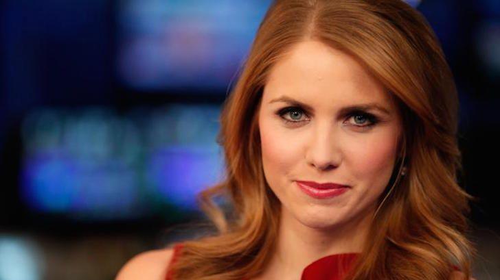 5 female news anchors:: Jenna Lee, Fox