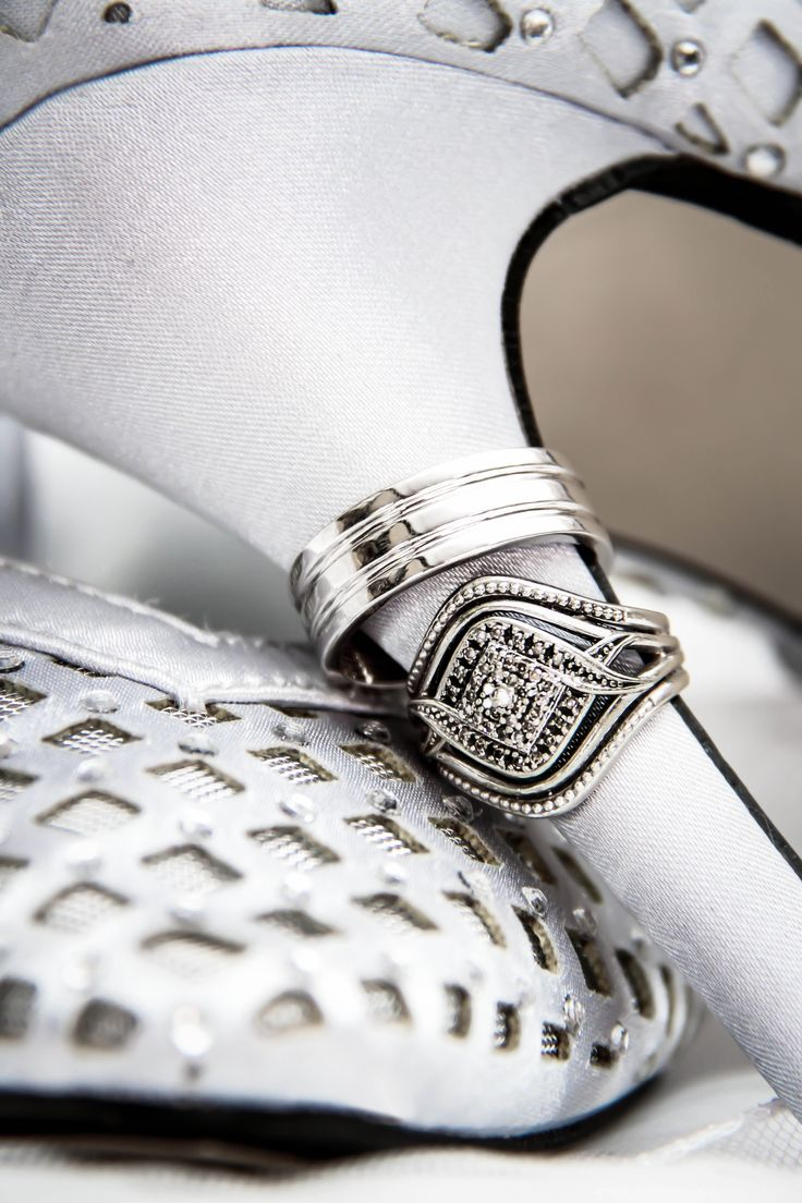 The wedding rings of Wayne & Bianca van Schalkwyk