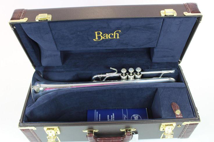 Bach Stradivarius Model 229 L Philadelphia Professional Trumpet in C MINT