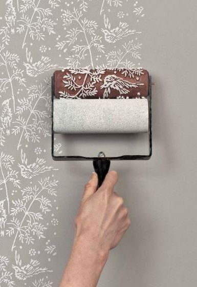 wrap stencil around roller see if t works  Come decorare casa con gli stencil (Foto 13/40) | Design Mag