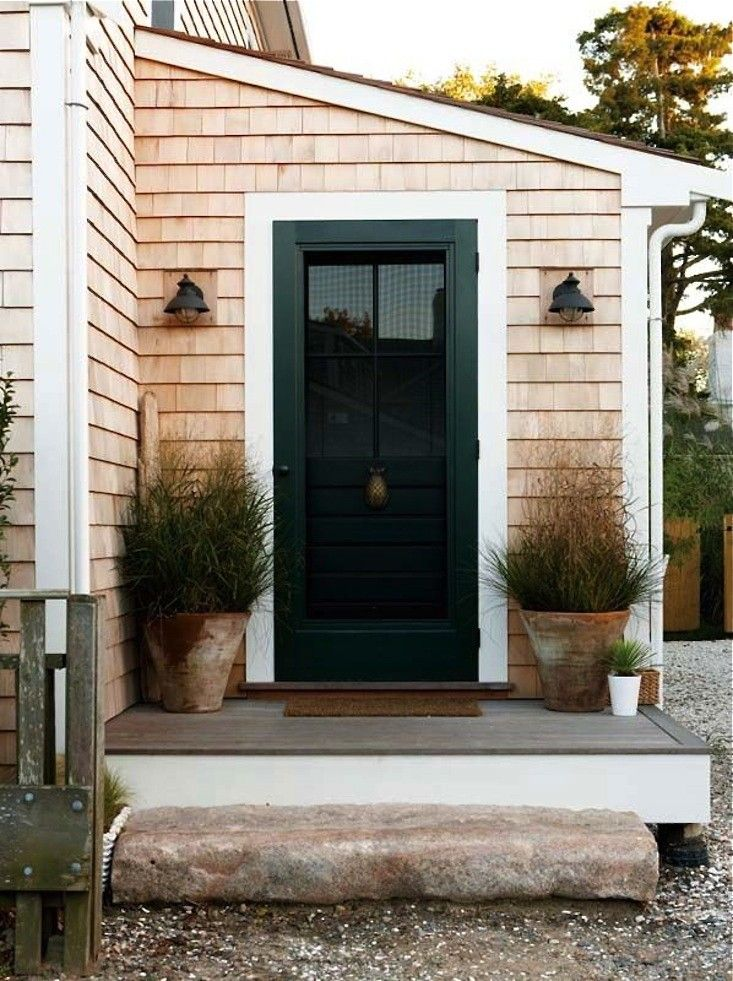 Steal This Look A Stylish Stoop For A Nantucket Saltbox