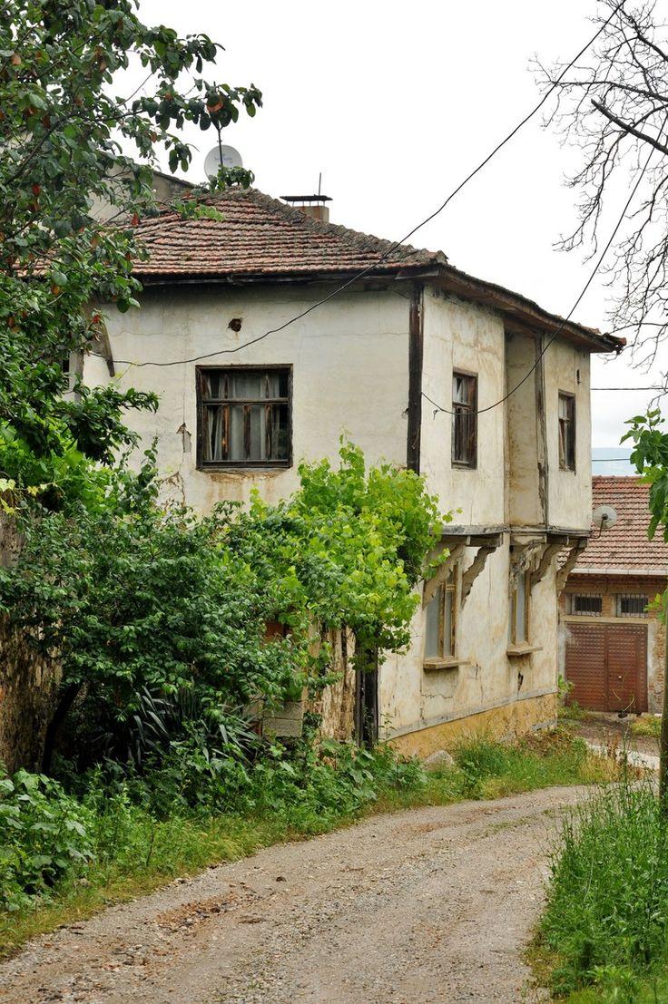 Burnumuzun dibinde keşfedilmemiş cennet: Gürle Köyü (Bursa)