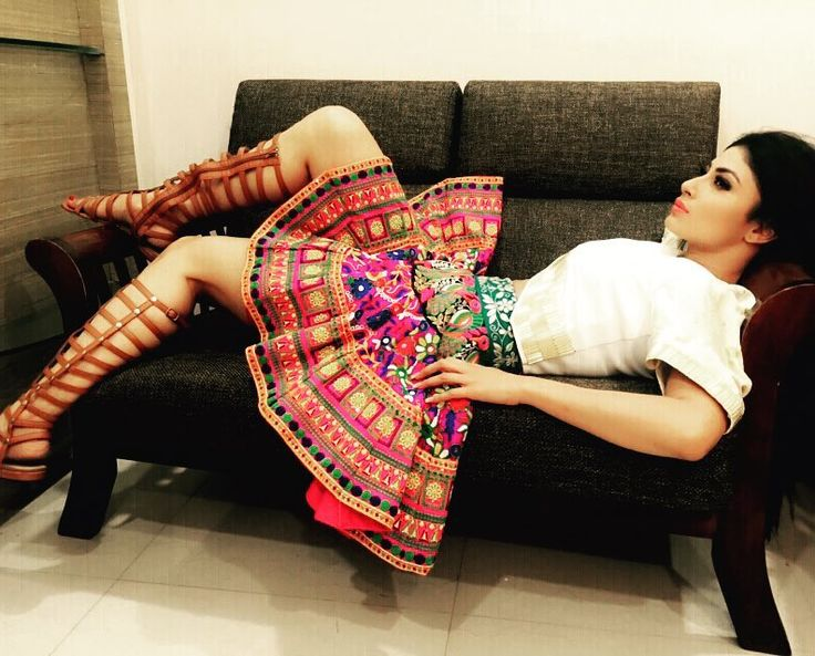 16 Outfits That'll Make You Want To Follow Mouni Roy On Instagram