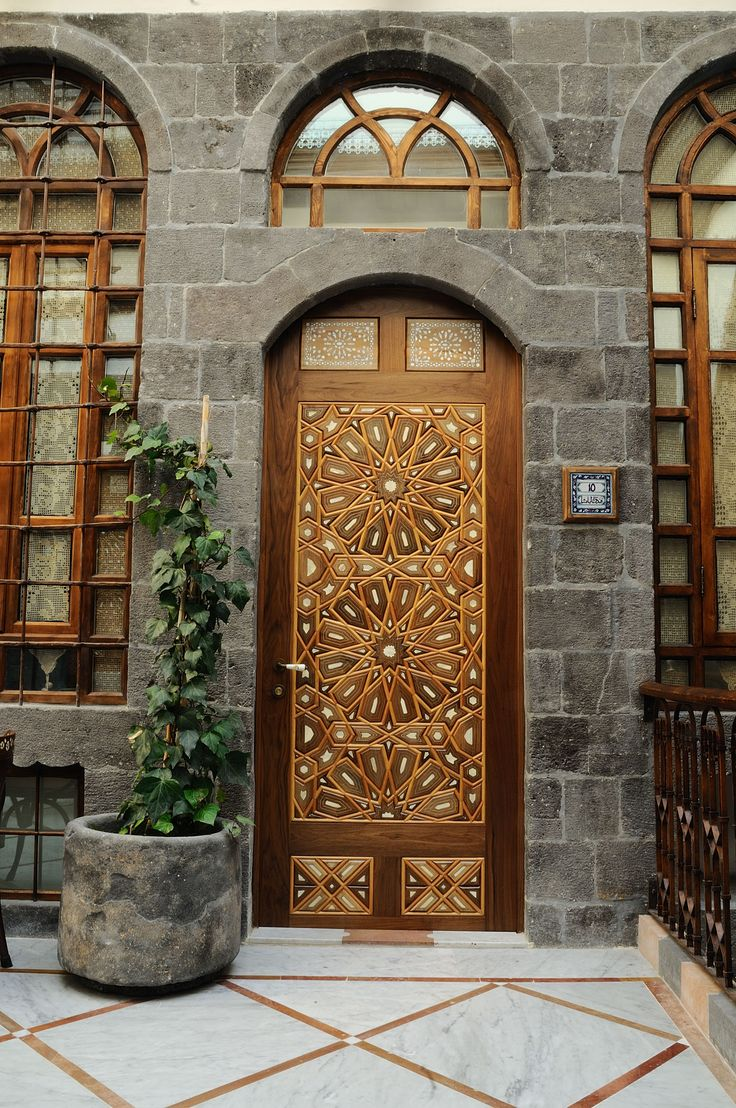 Wood door al pasha hotel damascus syria love it for The damascus house