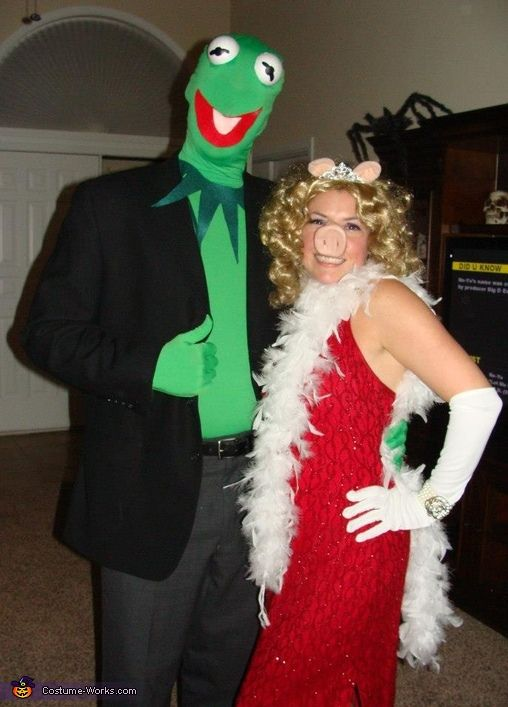 Kermit and Miss Piggy - Halloween Costume Contest via @costumeworks