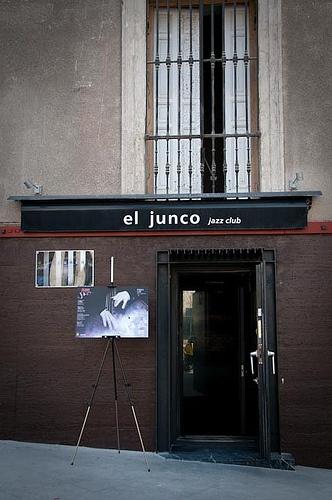 El Junco Jazz Club, Calle Alonso Martínez, Madrid.
