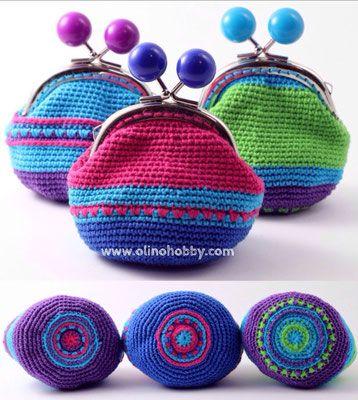 Вязаные кошельки с орнаментом на донышке