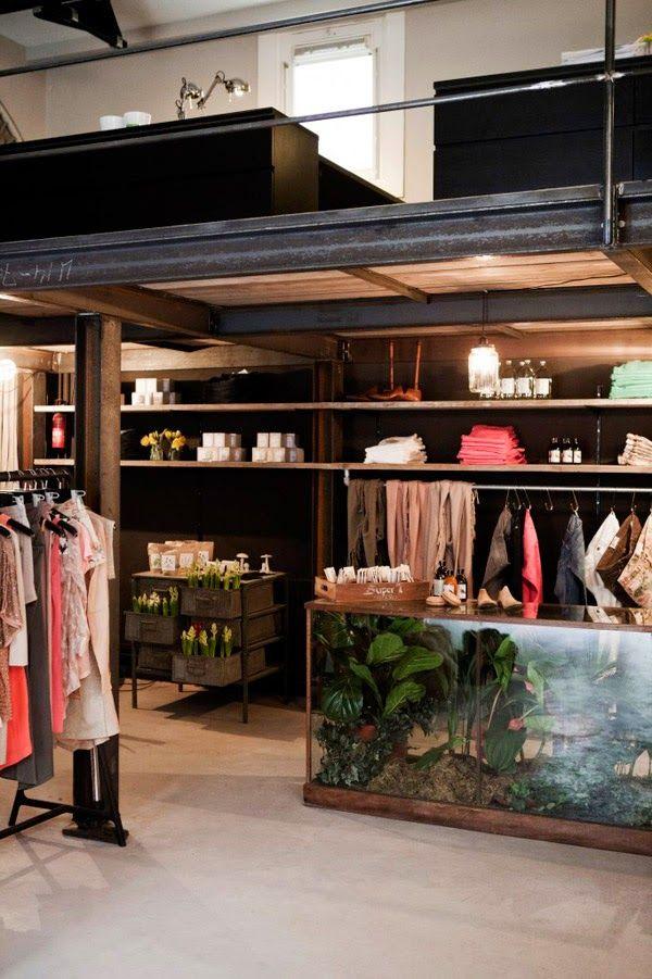 tienda de ropa estilo industrial amsterdam muebles recuperados mostradores palets
