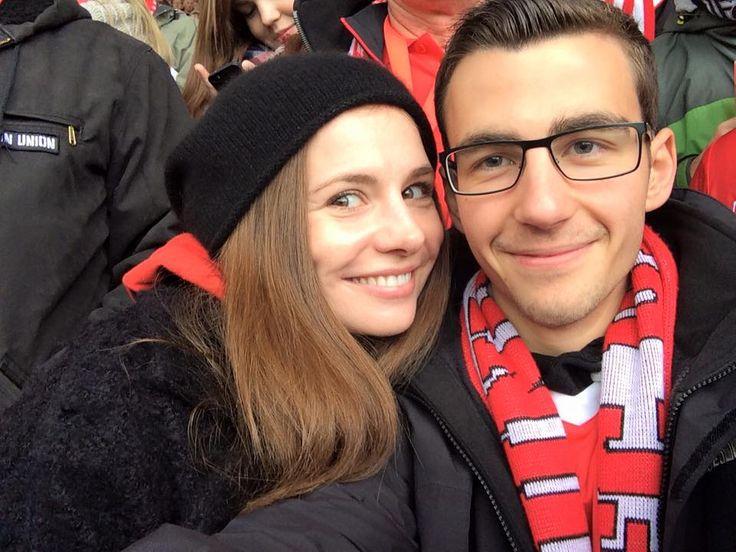 Josefine Preuß - NEWS: Fans treffen Josi
