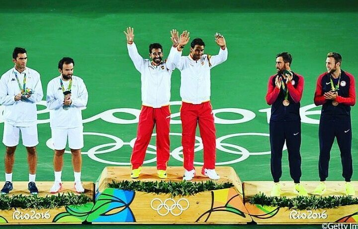 Your Olympics men's doubles medalists!  Congrats champions!  #rio2016  Photo/Foto: Getty Images  #olympics #tennis #tenis #mensdoubles #olympicmedalist #españa #usa #romania @rafaelnadal @marclopeztarres @horiatecau @fmergea @jack.sock @steviej345 #nike #joma #kappa #adidas #wilson #babolat #yonex #head