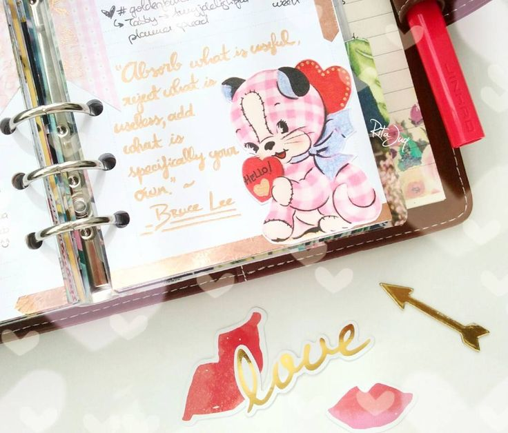 "Rita Juq (@ritajuq)  Instagram: ""#planningwithjuq 💙😻💟 *Week of Oct 16th #goldenfallchallenge #plannerspread 💟😻💙 ""Absorb what is…"""
