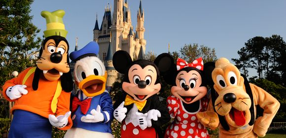 Walt Disney Co. Q3 Earnings on Tuesday: 3 Things to Watch -- The ...