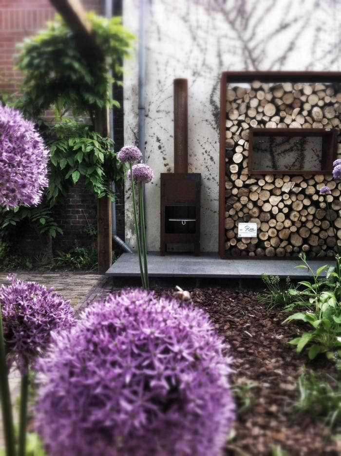 On Fire: A Hot Tub from Holland via Gardenista