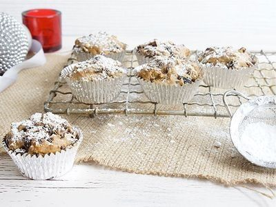 3-Ingredient Mini Christmas Cakes recipe