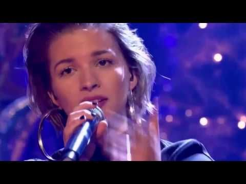 Alan Walker - Faded Feat.Tove Styrke | Live Performance ( Top Of The Pops New Year 2017) - YouTube