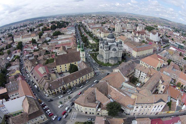 Fotografie aeriană, realizată în Târgu Mureş, vineri, 22 august 2014. (  Cătălin Cădan / Mediafax Foto  ) - See more at: http://zoom.mediafax.ro/travel/vederi-aeriene-din-romania-13244731#sthash.dKOeESwd.dpuf