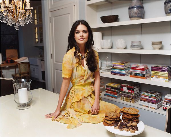 Katie Lee Joel // bookcase. and I really love her dress!