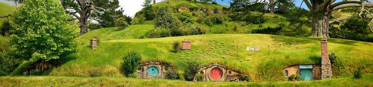 Experience New Zealand on this superb self drive holiday package - Lord of the Rings Scenic Explorer - 14 days, Auckland to Queenstown staying in Motels accommodation