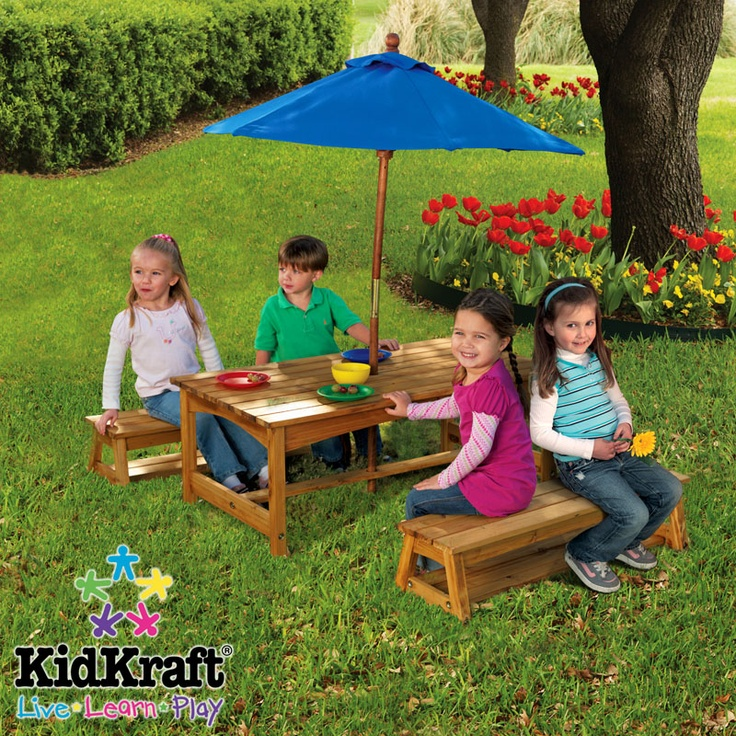 Amazing The Kids Table   KidKraft Table U0026 2 Benches With Blue Umbrella