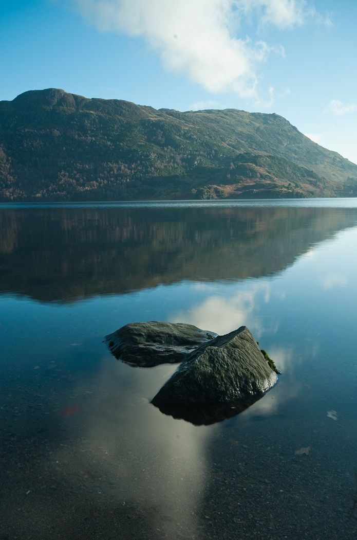 Pohľad od brehu Ullswater, Lake District, Anglicko
