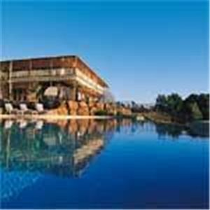 Photo of Byron Bay Manor http://www.rent-a-home.com.au/accommodation/nsw/byron-bay---northern-rivers/byron-bay/21173