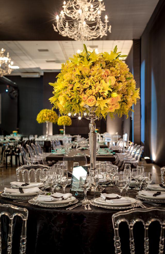 Decoração de Casamento Glamourosa By Alessandro Gemus Amarelo Preto