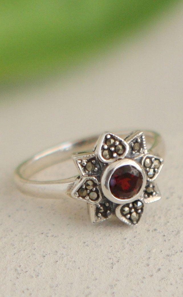 best 25 lotus ring ideas on pinterest pandora wedding. Black Bedroom Furniture Sets. Home Design Ideas