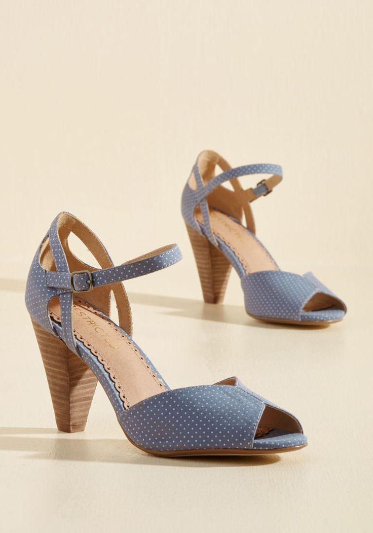 Vintage Style Shoes, 1950s Spotlight Peep Toe Heel Polka Dots Blue