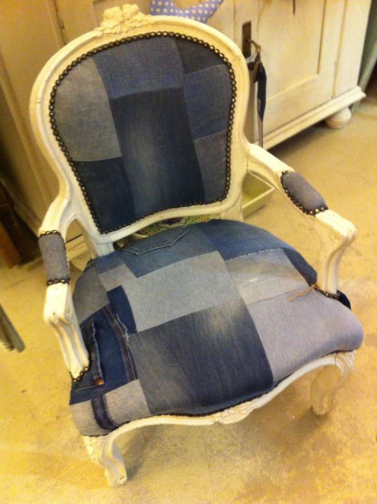 les 46 meilleures images propos de fauteuils sur pinterest rev tement en tissu fauteuils et. Black Bedroom Furniture Sets. Home Design Ideas