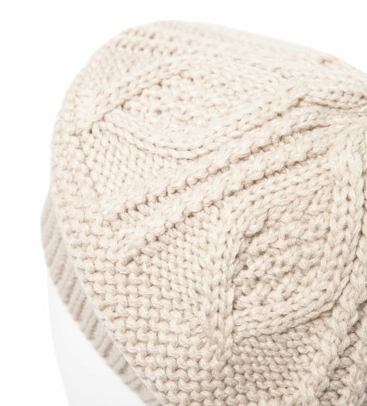 Image 3 of KNITTED BERET from Zara