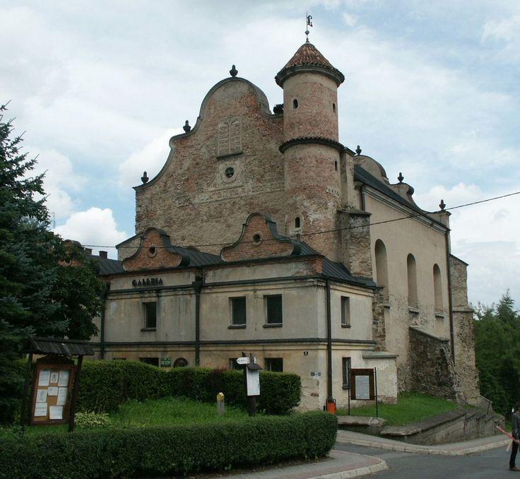 Lesko synagoga - Synagogue - Wikipedia, the free encyclopedia