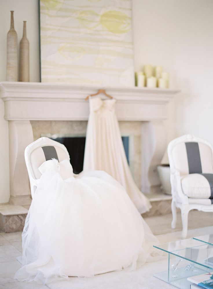 Lovely Bride Dresses | Ivy & Astor | Jen Huang Photo | Off-white Wedding Gowns