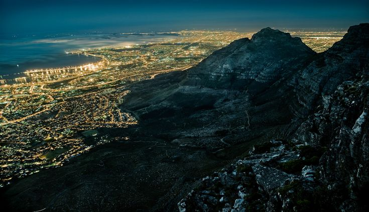 Table Mountain in Cape Town, South Africa, was one of Wagner's favourite shots from the series.: Capetown, Capes, South Africa, Jakob Wagner, Place, Photography, Cape Town, Jakobwagner
