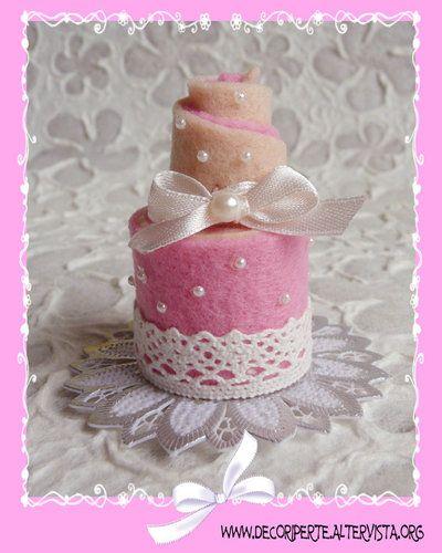 MINI WEDDING CAKE in feltro - BOMBONIERE MATRIMONIO
