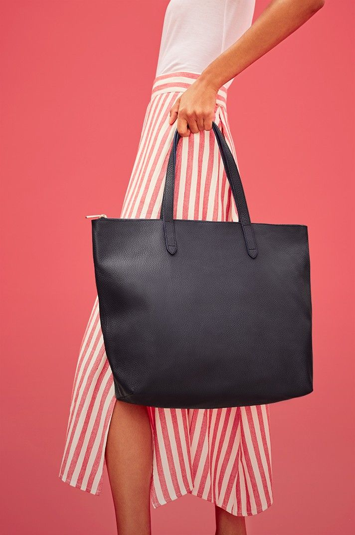 Totes   Cuyana   Fashion   Timeless fashion, Fashion, Bags e619449b69
