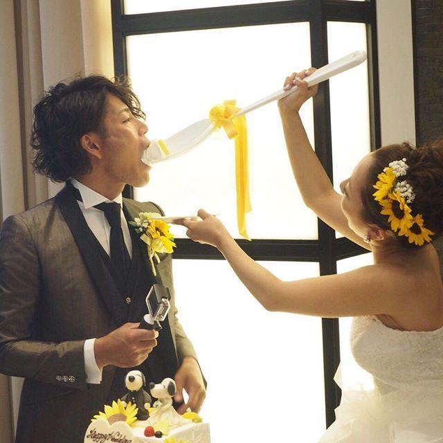 ファーストバイトをお茶目に演出したい!ウェディングのファーストバイトの写真は結婚式の大切な思い出。記念に残したいブライダルフォトの一覧をまとめました♪