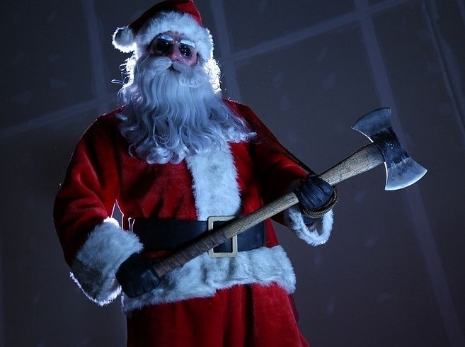 14 Christmas Horror Movies To Watch This Holiday Season-  I think the husband and I have a new holiday tradition!