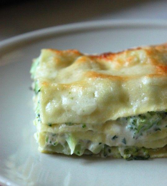 Lasagnes brocoli, ricotta & olives noires Bon mais manque de sel, mettre plus de mozzarella (2 boules)