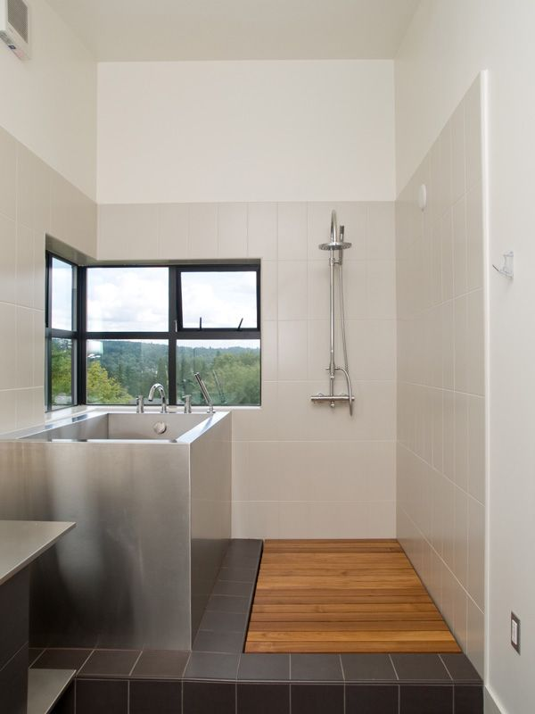 Attractively designed eco-friendly prefab graces Seattle