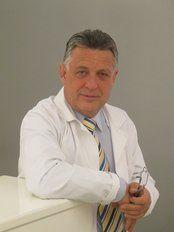 Svatopluk Svoboda - Alfa Centrum lékařské kosmetiky - plastické Chirurgie a Plastic Surgery Clinics in in Prague