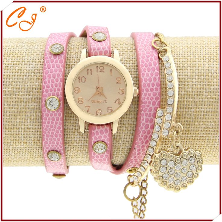 2016 Luxury Wristwatch fashion loving heart pink leather bracelet watch different for you to choose