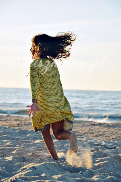 Loff Loff organic - Girls tunic dress STAR. 100% organic cotton. Sizes: 2-10 years. Spring/Summer collection. Check our Etsy shop https://www.etsy.com/shop/LoffLoff Photo © http://miszkowo.pl