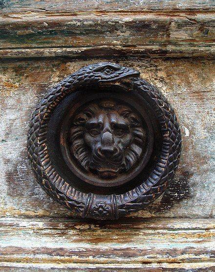Door knocker, Isle Saint Louis, Paris