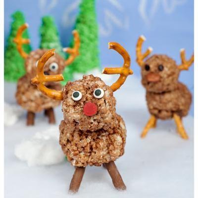 Rice Krispie Reindeer {Edible Christmas Crafts}